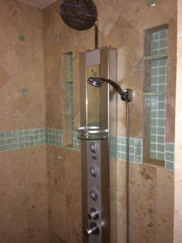 Tivey-Construction-Bathroom-Remodel-Shower