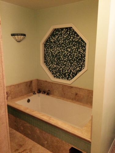 Tivey-Construction-Bathroom-Remodel-Tub